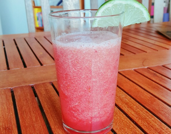 Easy non alcoholic drinks you can make at home and sip all for Easy mixed drinks to make at home