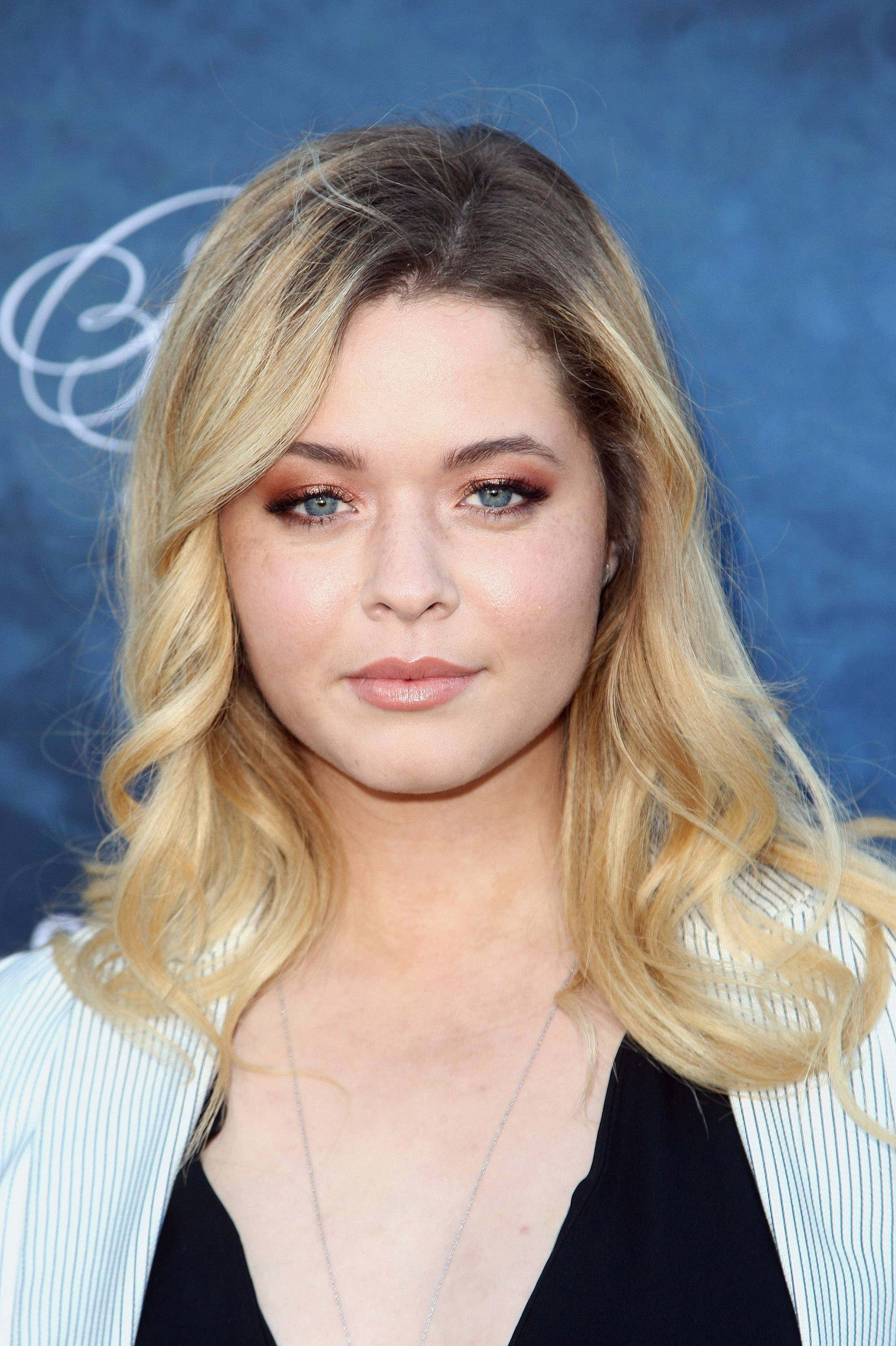 "This ""Pretty Little Liars"" star had to clap back at her body shamers AGAIN!"