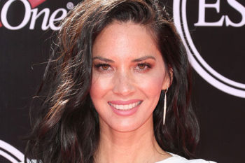 Olivia Munn looked like a modern Greek goddess in this super chic all-white gown
