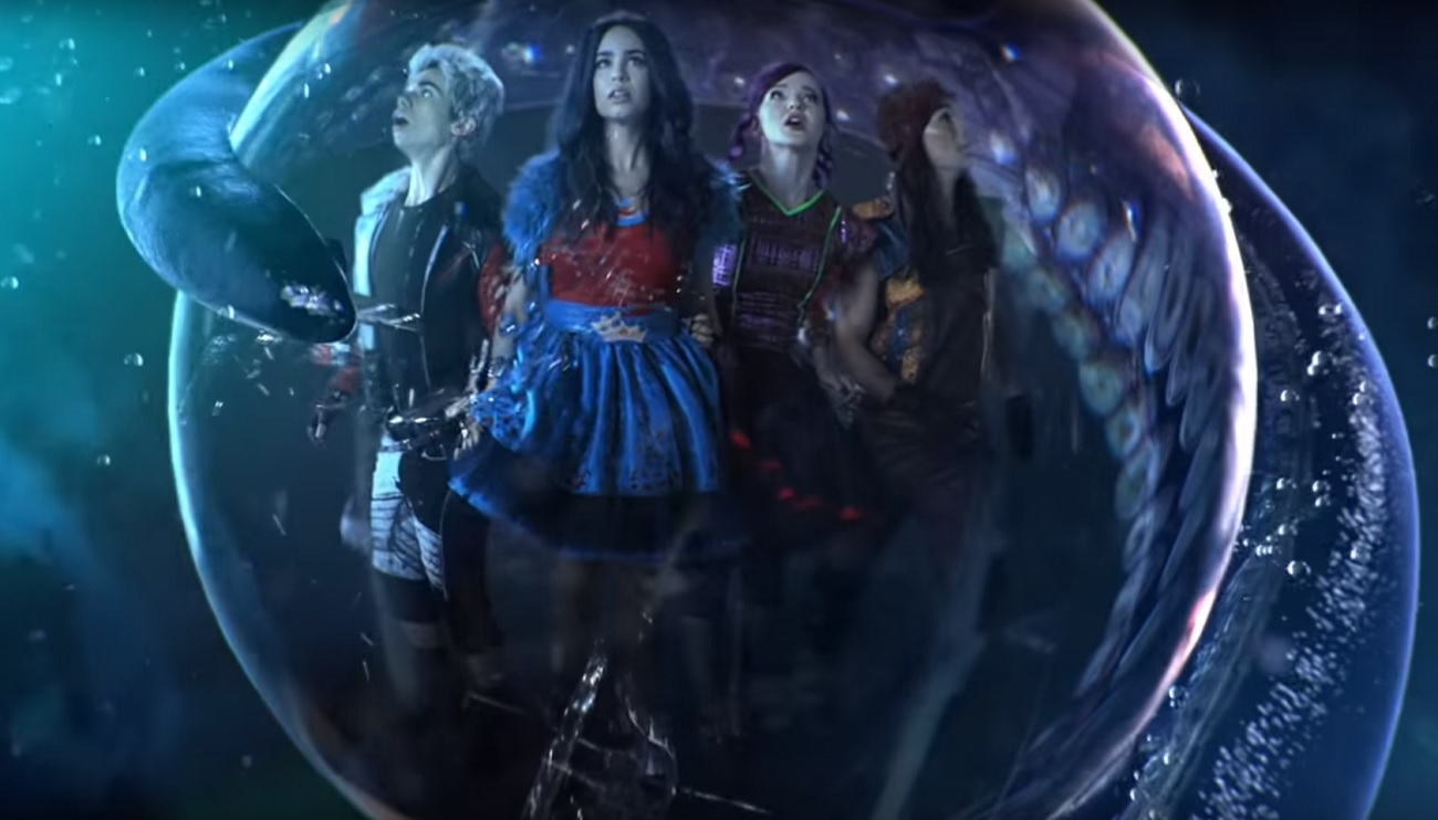 Ursula's daughter is seriously scary in this new Disney Channel movie clip