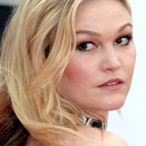 "Julia Stiles looked like a glamorous silver mermaid at the ""Jason Bourne"" premiere"