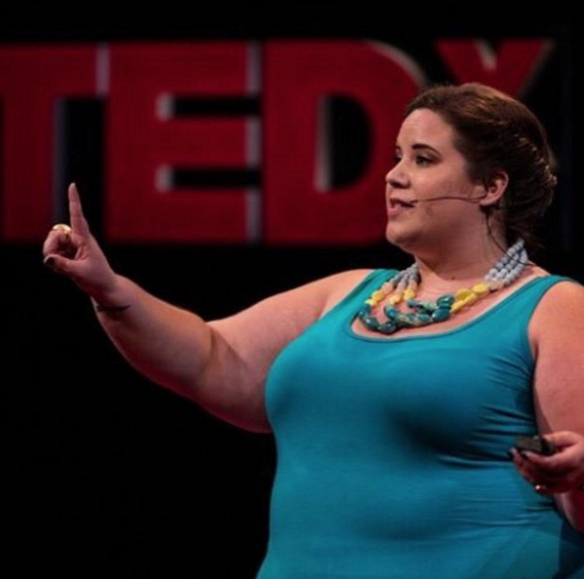 This body positive activist totally took down this body-shaming comedian and it is intense!