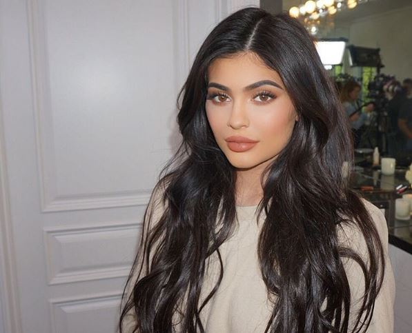 Kylie Jenner's totally taking fashion notes from big sis Kim Kardashian with her latest outfit