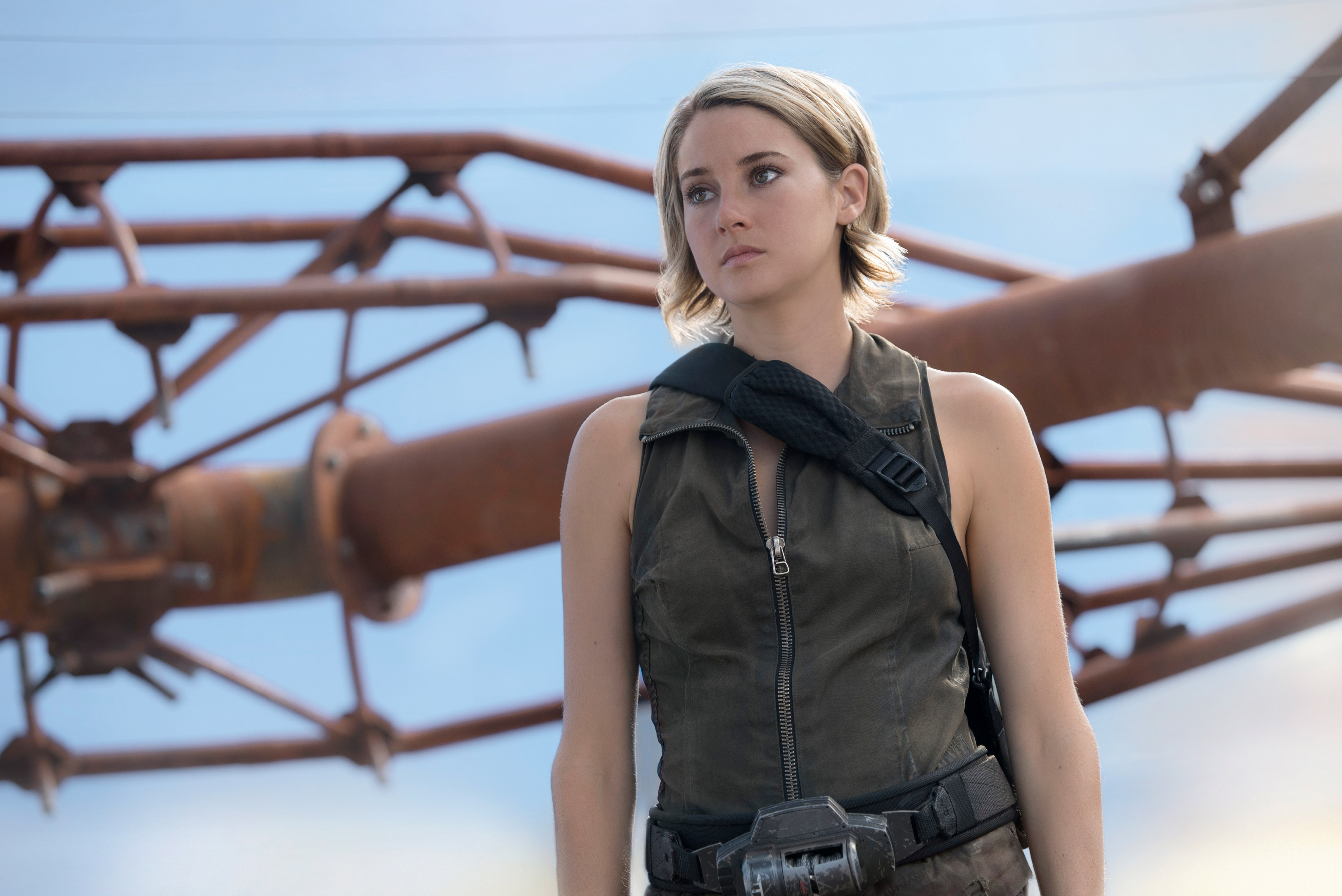 "Here's what Shailene Woodley has to say about this bummer ""Divergent"" news"