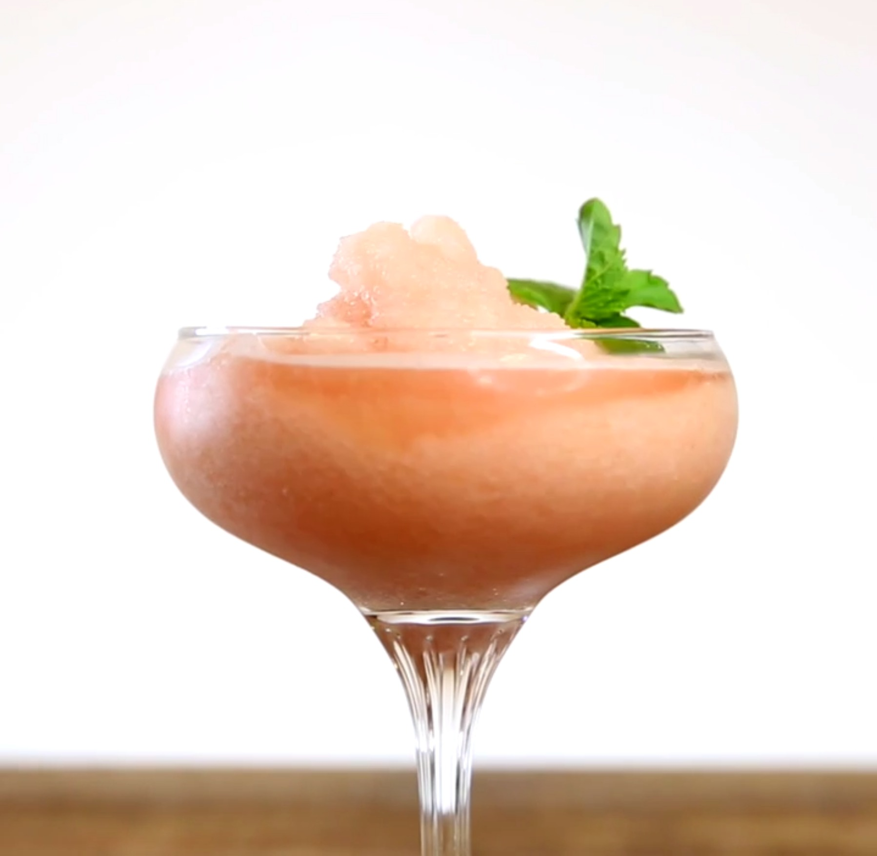 This minty grapefruit FROSÉ is a must-try this weekend (and every weekend)