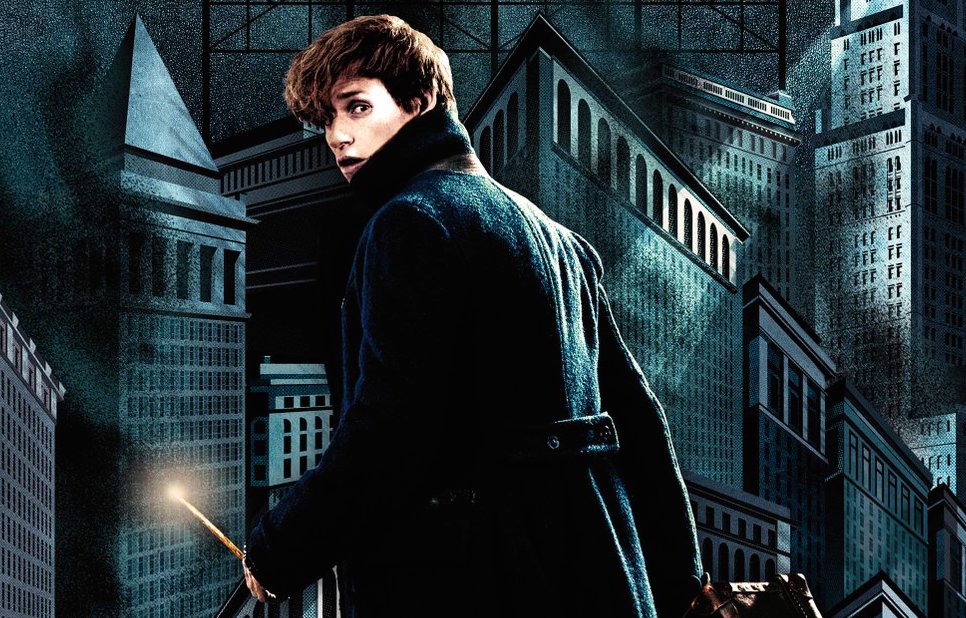 "We've finally got a tiiiiiny first look at Ezra Miller in ""Fantastic Beasts and Where to Find Them"""