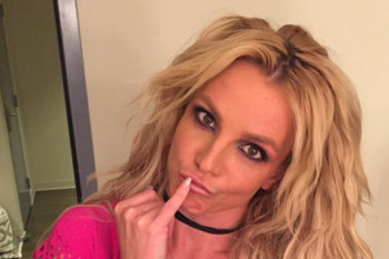 Here's how Britney Spears can eat Cheesecake Factory and still look amazing
