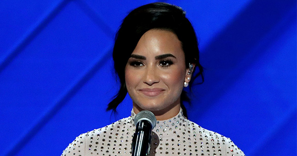 Demi Lovato just gave an amazing speech about mental illness and it's so important