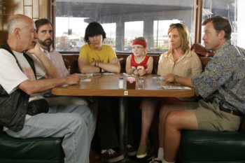 "The cast of ""Little Miss Sunshine"" is still a kick-ass looking family 10 years later"
