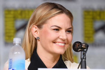 We're fan-girling out over Jennifer Morrison's braided pony from San Diego Comic Con