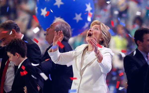 Hillary Clinton S Love Of Balloons At The Dnc Brings Out