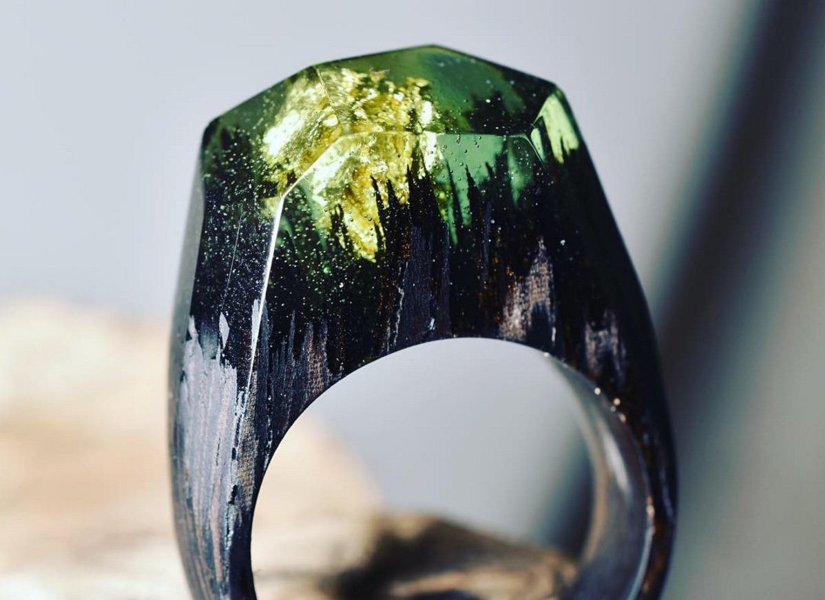 These gorgeous rings have tiny forests literally at the tip of your finger