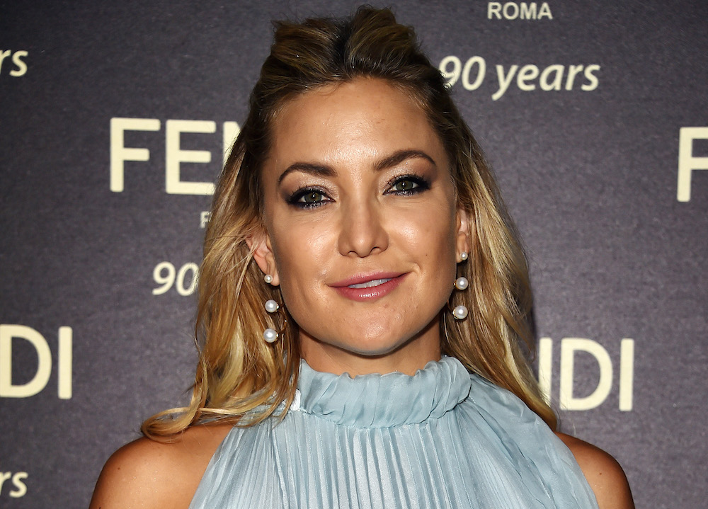 """Kate Hudson is this """"ugly"""" shoe craze's latest victim — and we LOVE IT"""