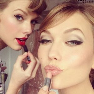 Taylor Swift's BFF message on Karlie Kloss's birthday will melt your heart