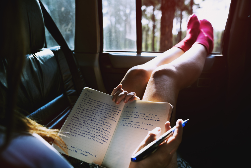 The really weird reason why you feel so sick when you read in the car