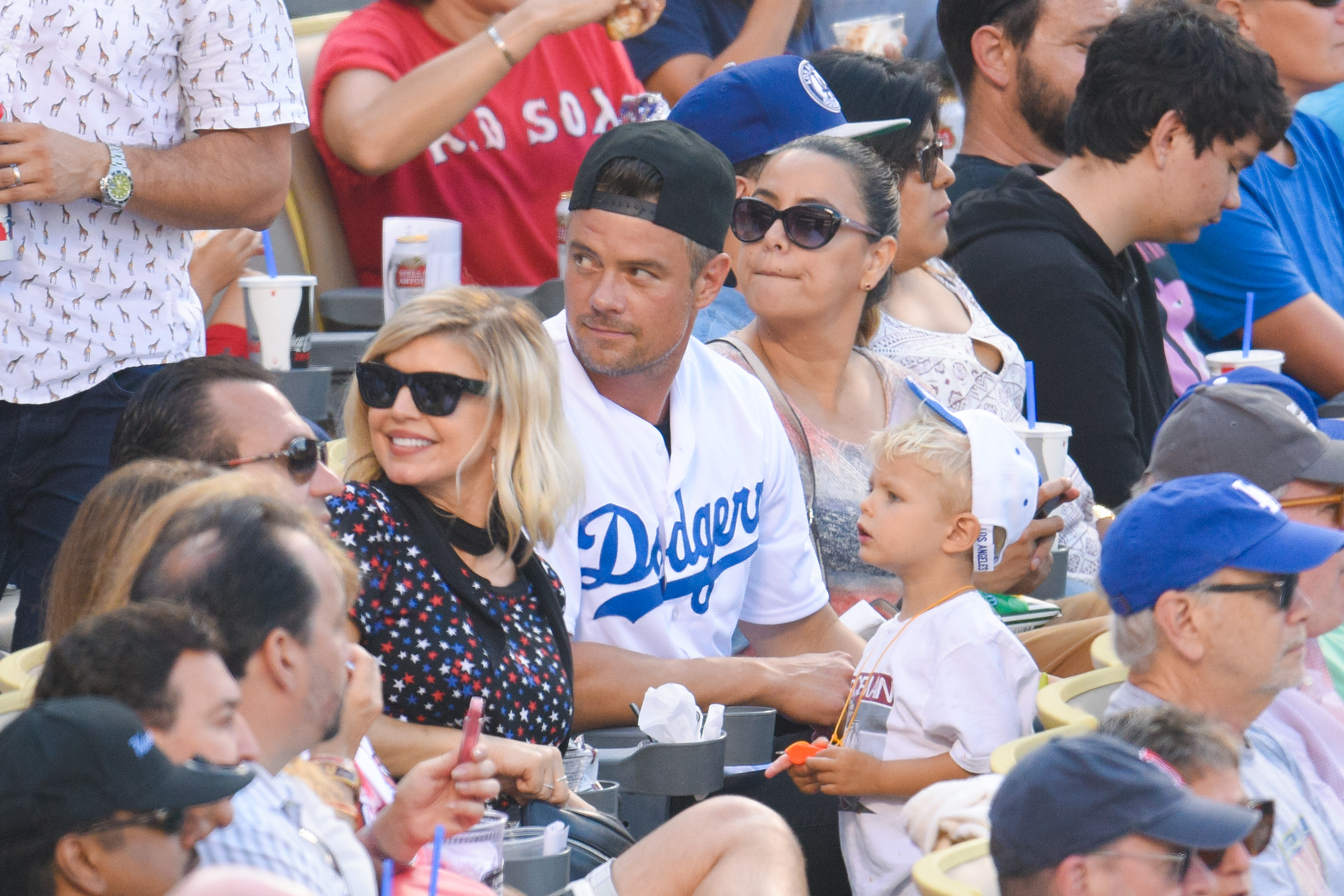 OMG Fergie took her 2-year-old son Axl to his first baseball game and it's too cute to handle