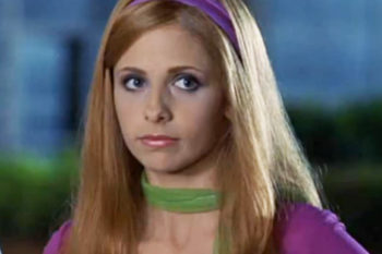 """Sarah Michelle Geller just fangirled out over """"Scooby-Doo"""" and it's super cute"""