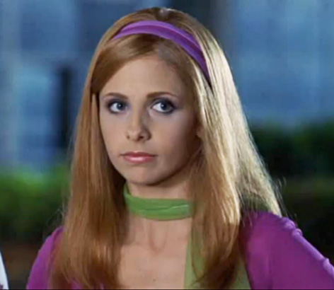 "Sarah Michelle Geller just fangirled out over ""Scooby-Doo"" and it's super cute"