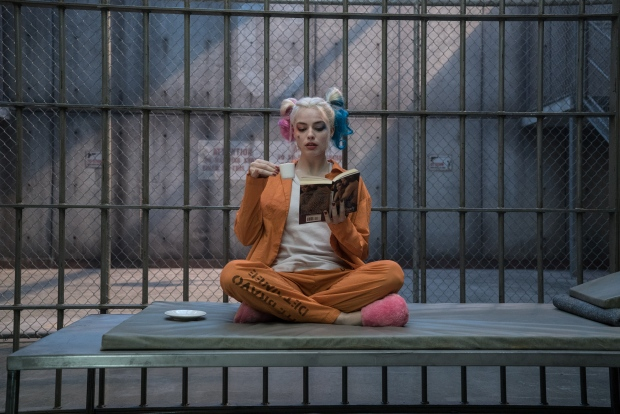 "Did you catch this ~iconic~ moment between Harley Quinn and The Joker in ""Suicide Squad?"""