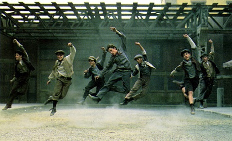 "Stop everything: ""Newsies"" is coming back to theaters!"