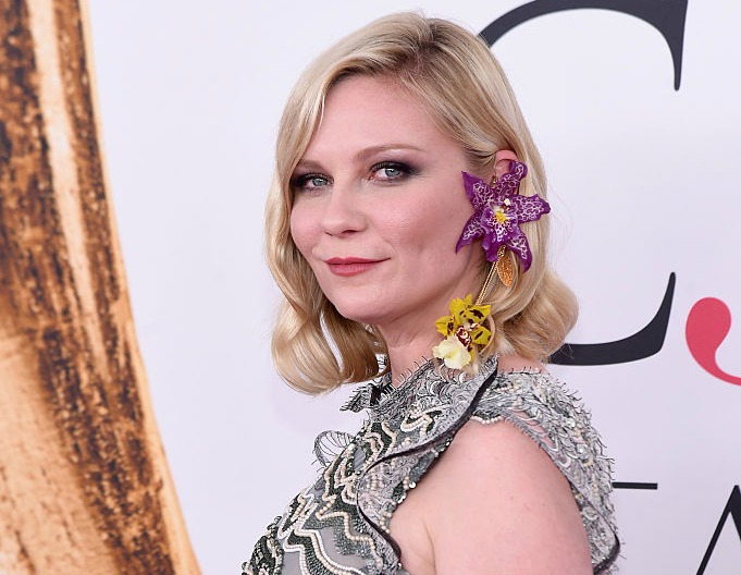 "Kirsten Dunst just BURNED ""Suicide Squad,"" and we can't stop laughing"