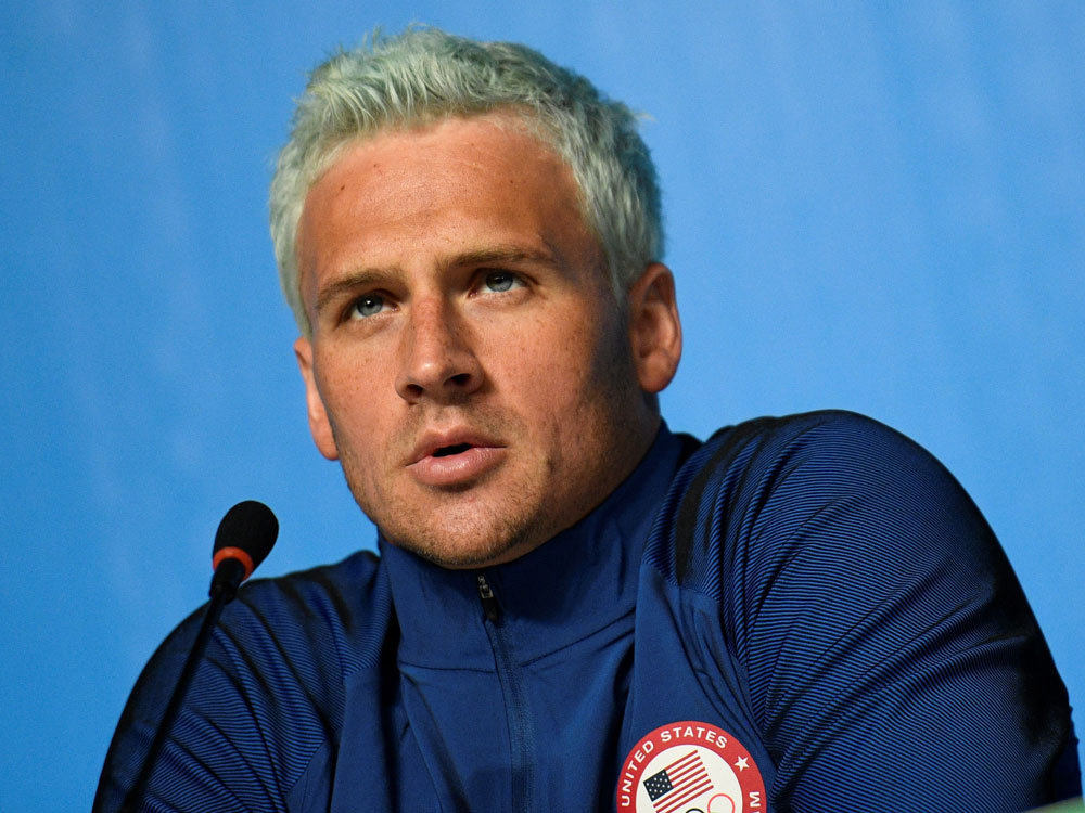 Is Ryan Lochte's hair actually turning green from the pool water at the Olympics?