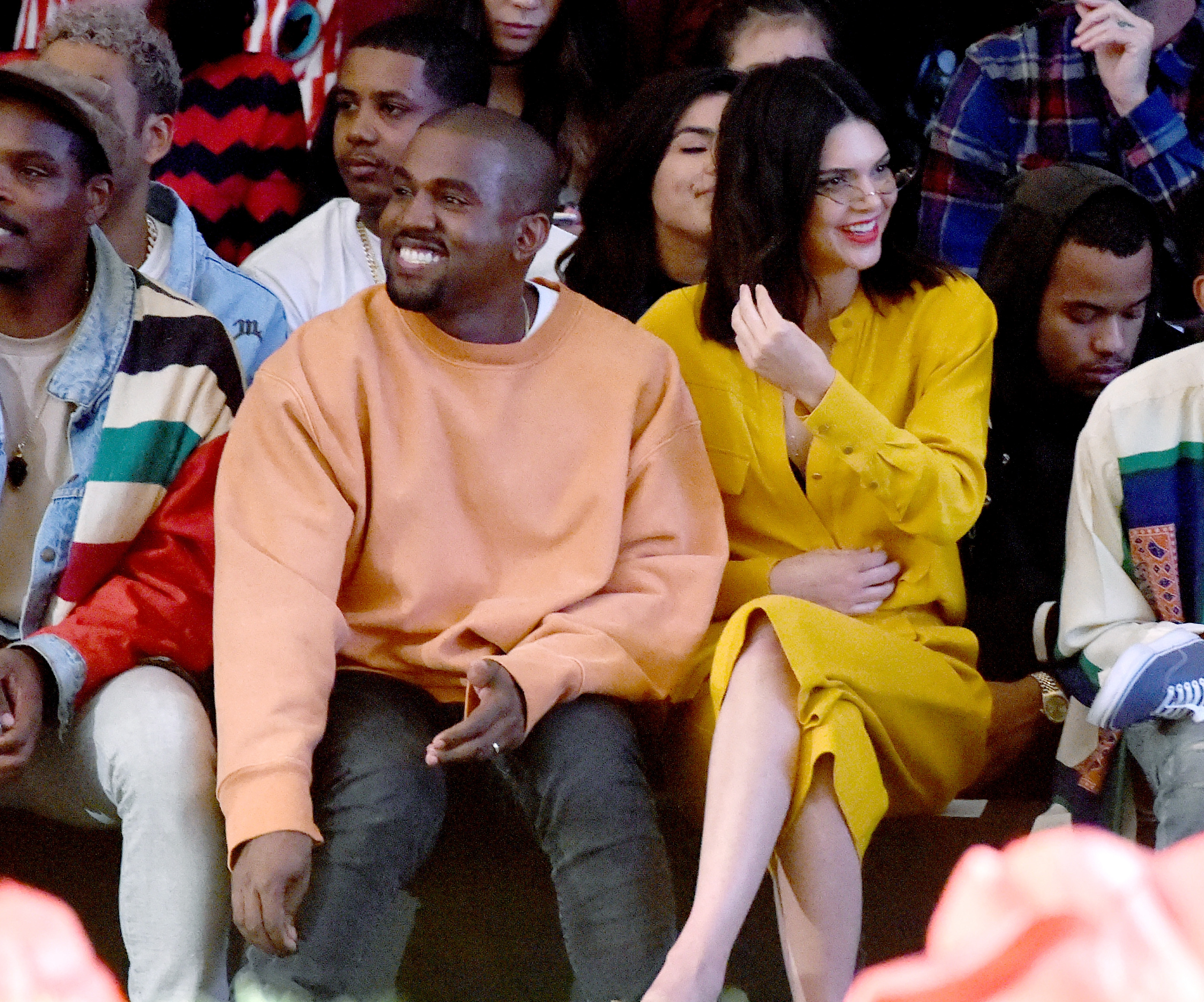 The internet really wants Kanye West to be the Super Bowl Halftime performer and YES, PLEASE