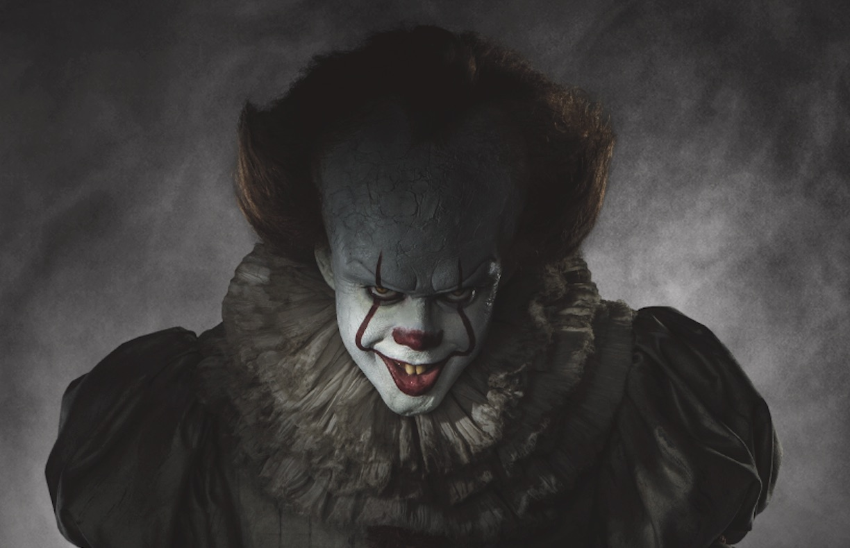 """The full image of Pennywise from the """"It"""" remake is here and now we won't be able to sleep"""