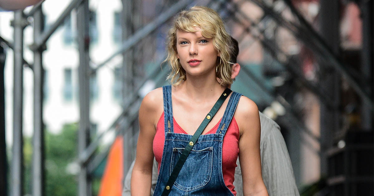 Taylor Swift has donated $1 million to support the victims of the Louisiana floods