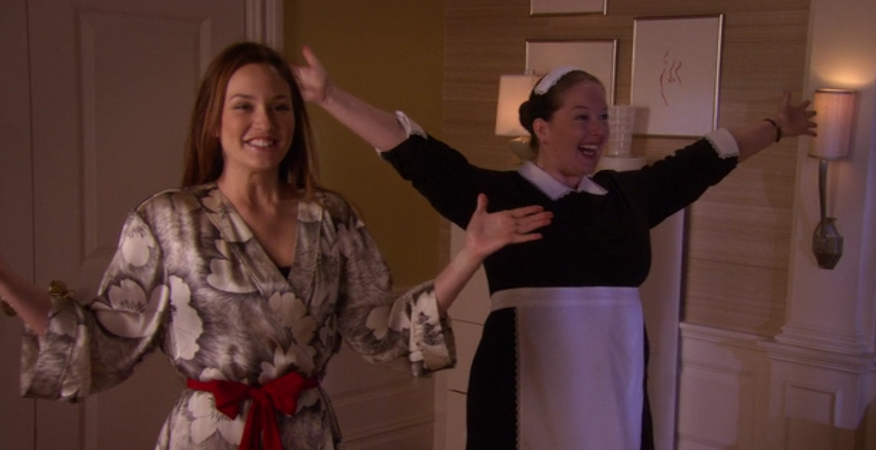 "This dorm room is straight out of ""Gossip Girl"" and the internet is freaking out"