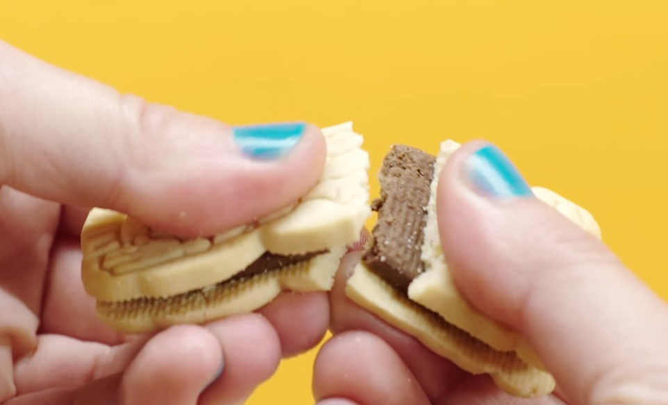 7 '90s snacks that will make your inner kid pretty nostalgic (and hungry)