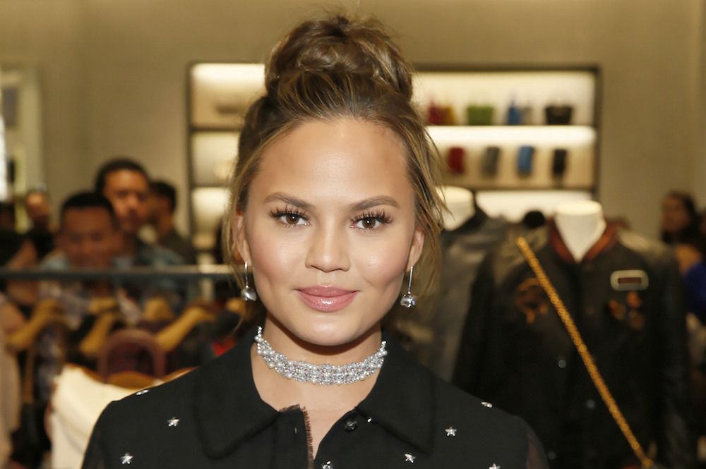 Chrissy Teigen's gorgeous new bangs might make you want to chop your own