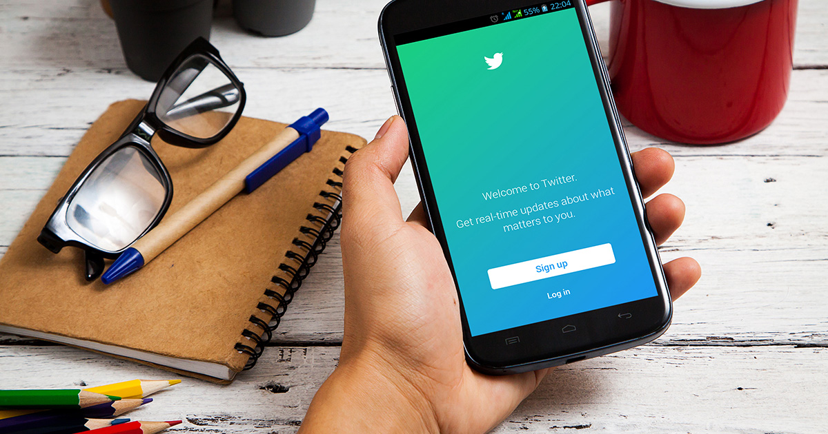 Twitter's new feature is *finally* doing something about online harassment