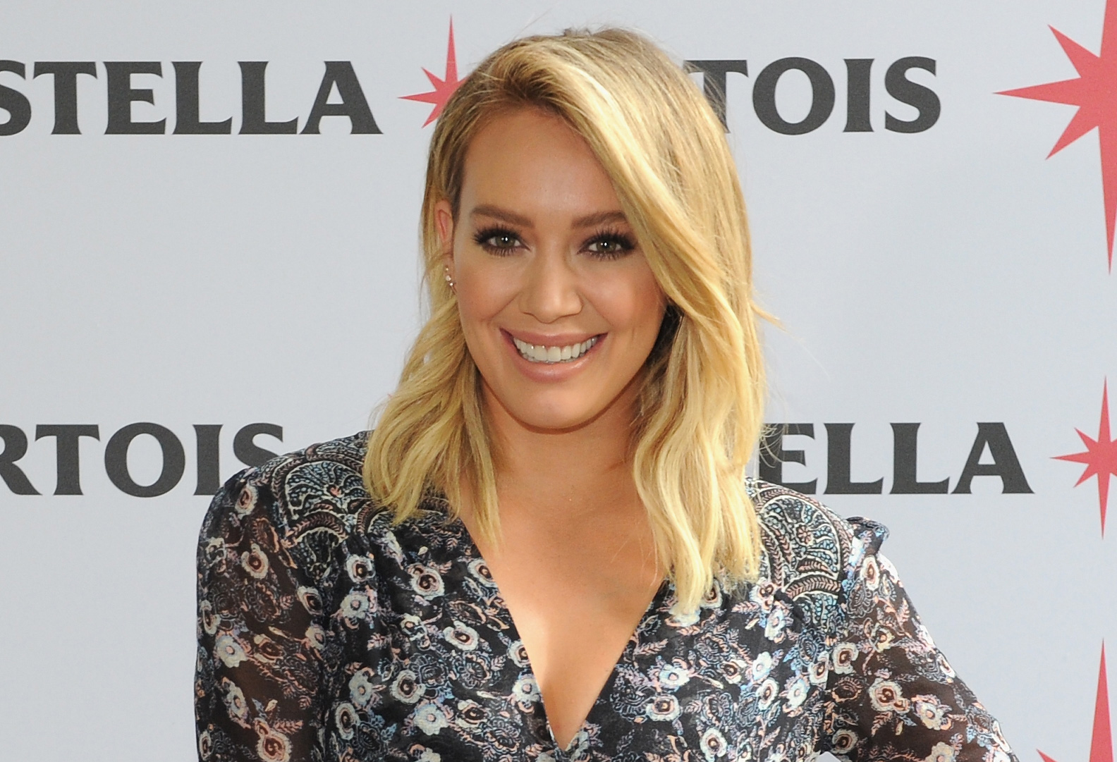 Hilary Duff is the coolest mom on the block in this chic city look