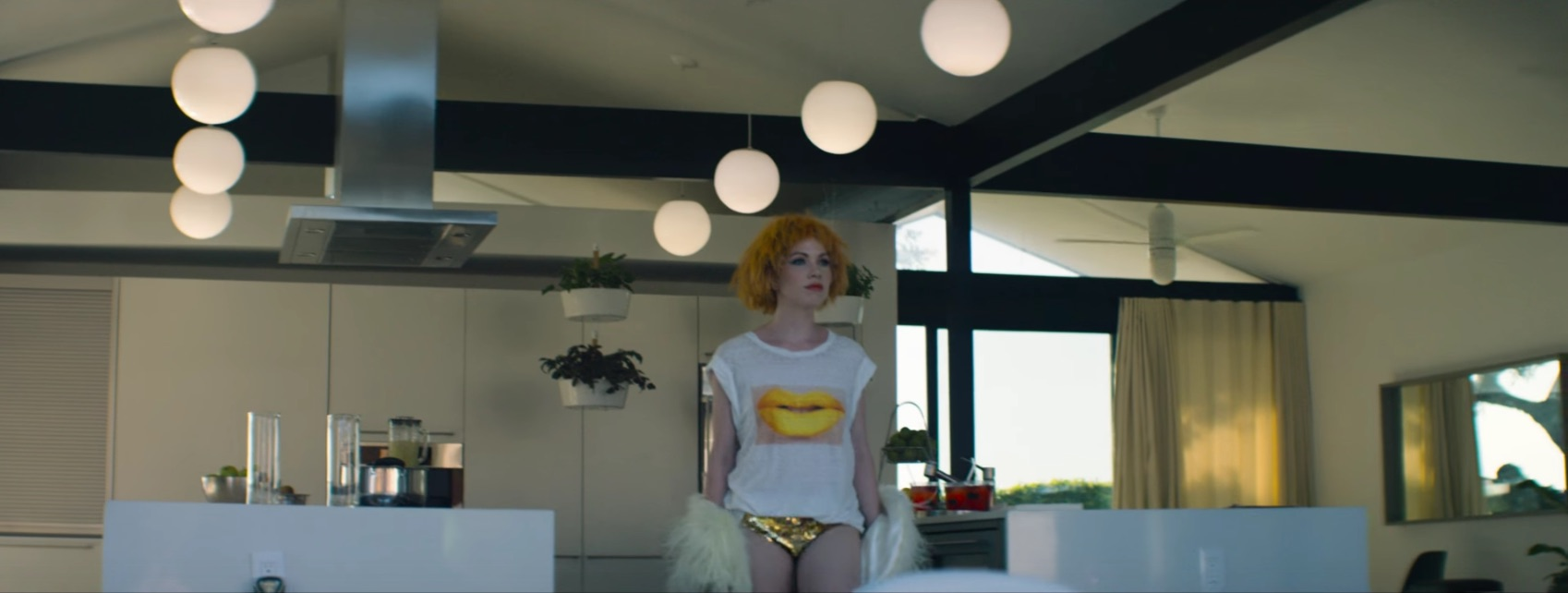 "Carly Rae Jepsen plays house in the ""Super Natural"" video"