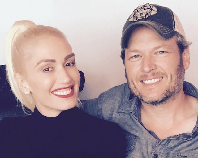 Blake Shelton just fanboyed out while Gwen Stefani performed