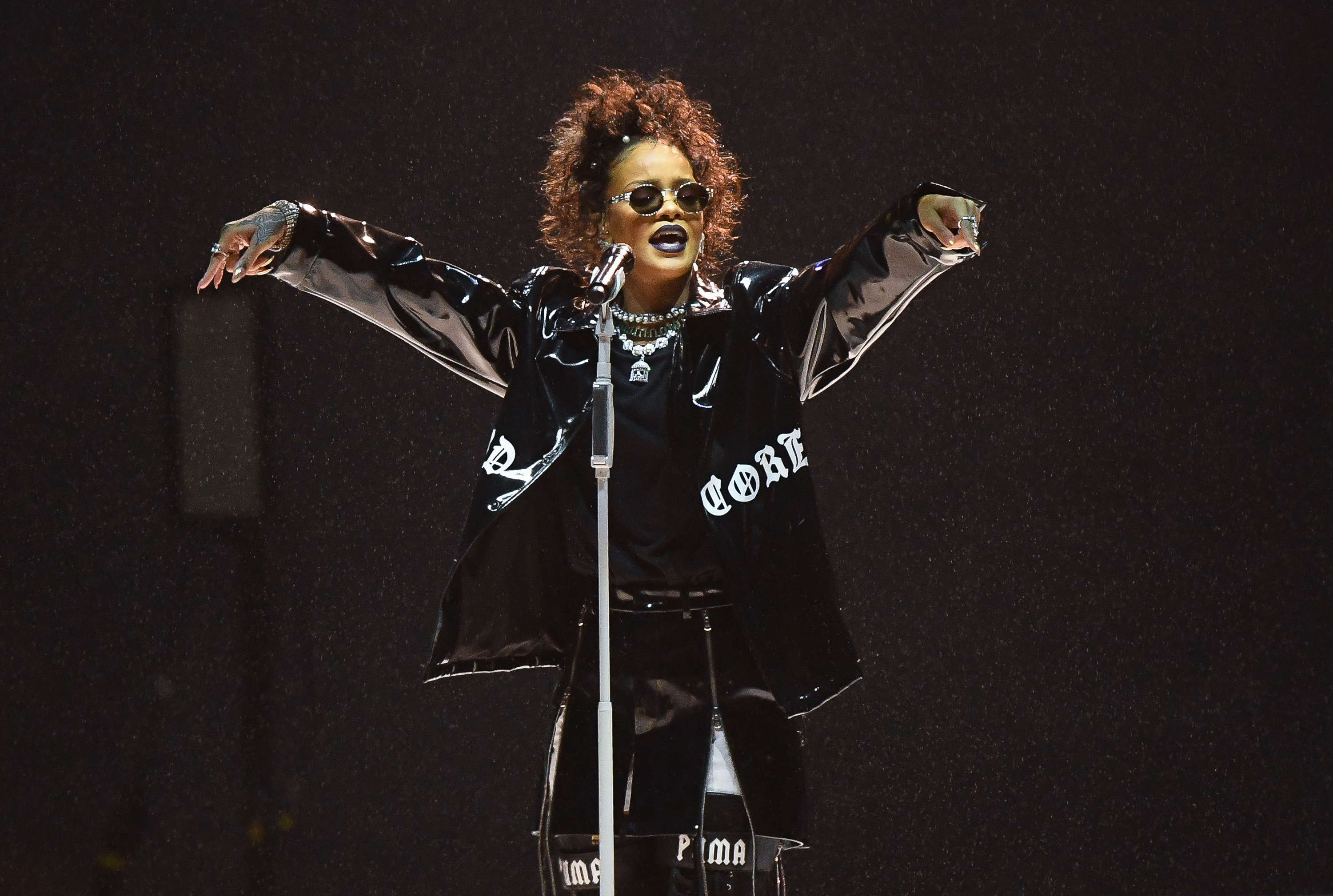 Rihanna just confirmed her next single and we are uncomfortably excited