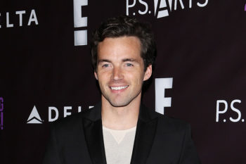 "Our TV crush Ian Harding is releasing a book with behind-the-scenes ""Pretty Little Liars"" secrets"