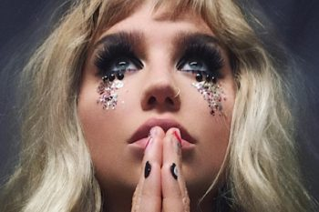 This is what you'll need to recreate Kesha's gorgeous glitter tears