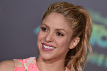 Shakira is dancing with acne cream all over her face on Instagram, is all of us