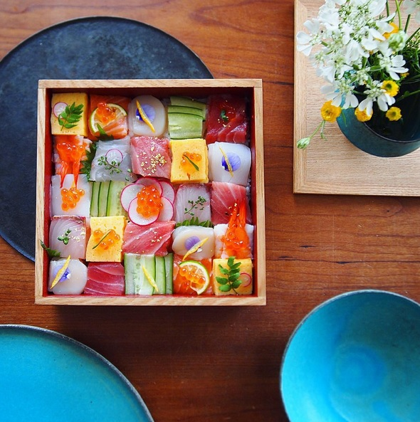 12 photos of mosaic sushi that prove it's the prettiest dish of them all
