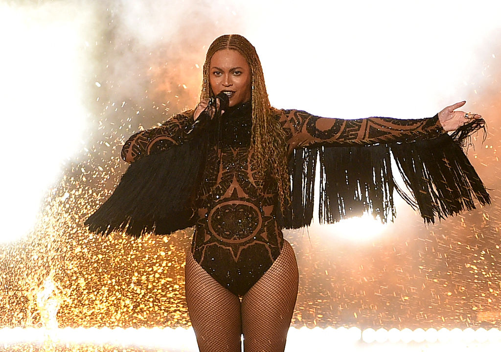 No one knows for sure if Beyoncé is performing at the VMAs and we can't handle it!