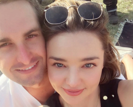 Miranda Kerr just showed off her *serious* engagement ring on Snapchat