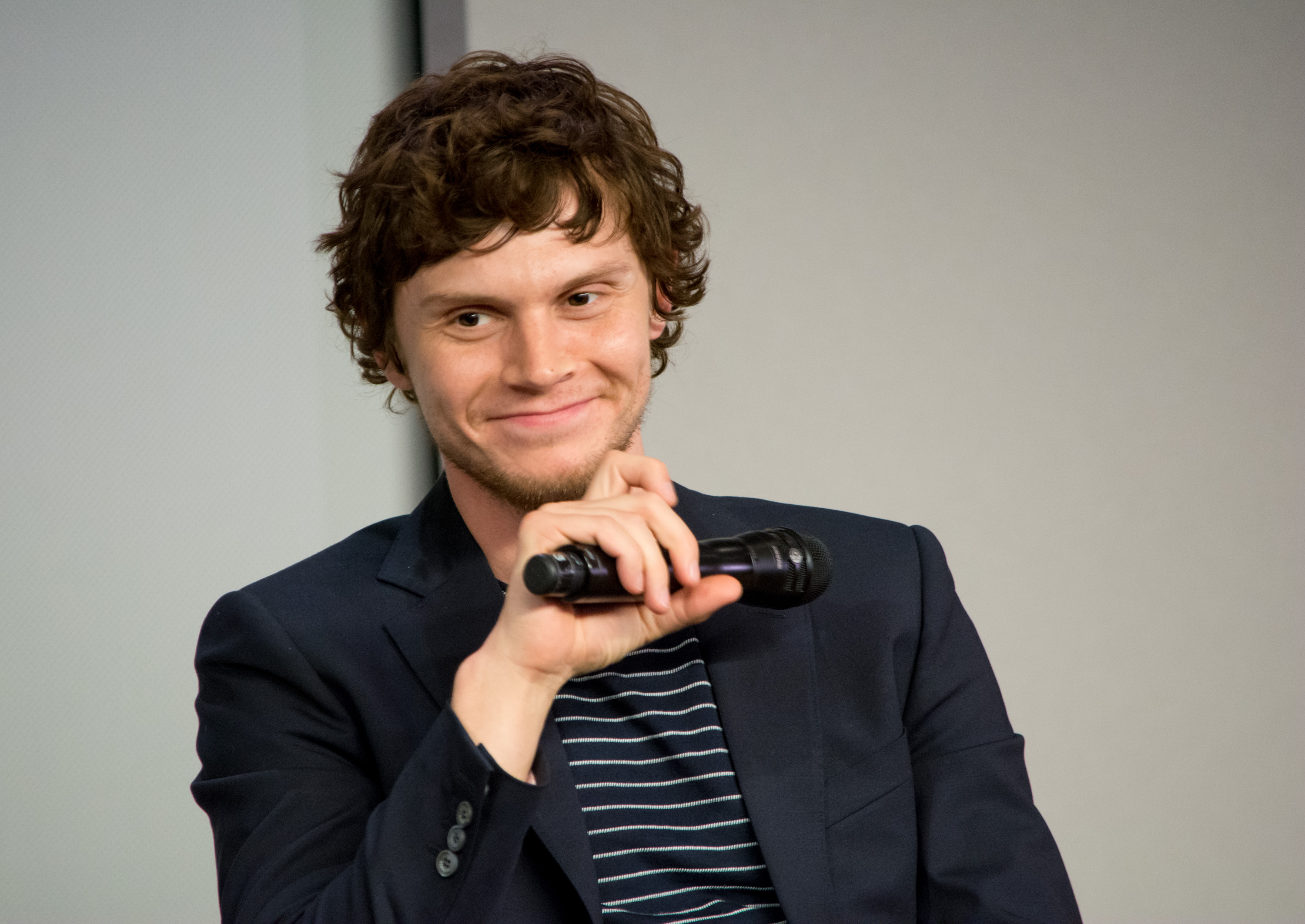 "Here's what Evan Peters has to say about his red hair for ""American Horror Story"""