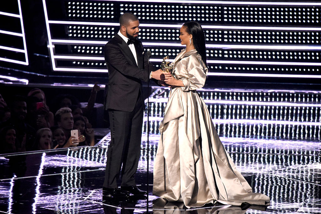 That Drake and Rihanna website everyone is freaking out about is fake, UGH