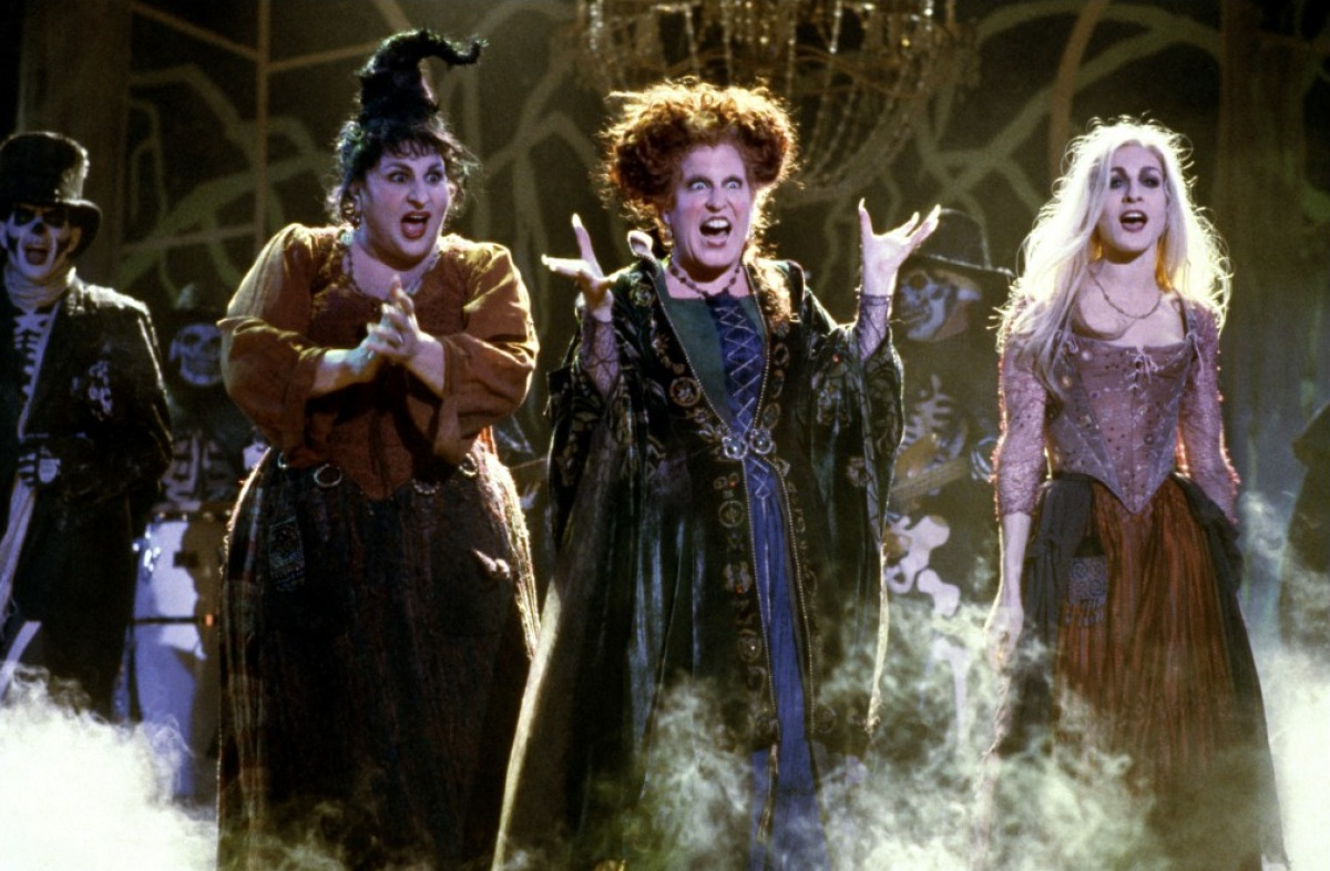 "SISTERS, Disney is releasing some ah-mazing ""Hocus Pocus"" t-shirts for Halloween"