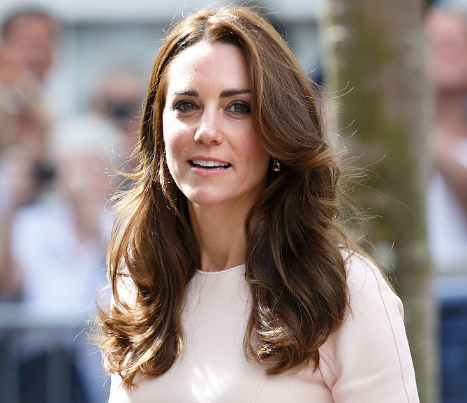 Kate Middleton just wore the cutest ankle pants — and you can get a similar pair from GAP for only $25!