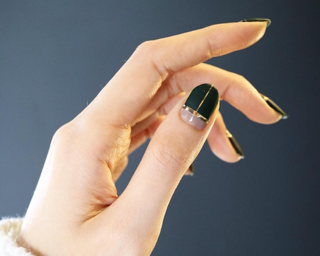 """""""Line nails"""" are FINALLY a nail trend we think we can DIY"""