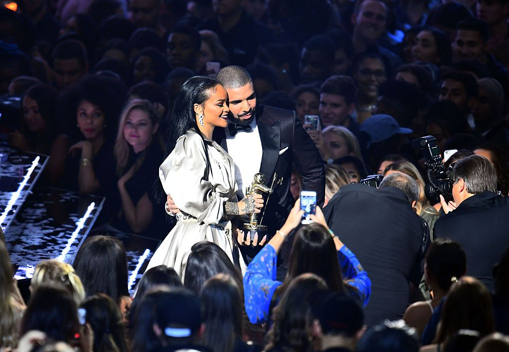 This just in: Drake and Rihanna *probably* have matching tattoos, and it's *definitely* the cutest