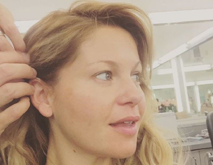D.J. Tanner (aka Candace Cameron Bure) just chopped off all her hair, and she looks SO chic
